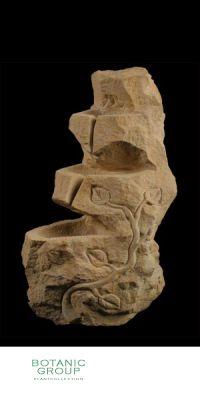 Naturstein - Skulptur Wasserspiel Kaskade mit Kletterpflanze