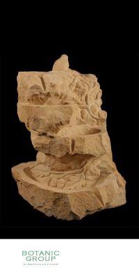 Naturstein - Skulptur Wasserspiel Kaskade mit Kletterpflanze u