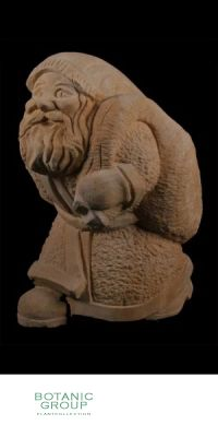 Naturstein - Skulptur Nikolaus mit Rucksack