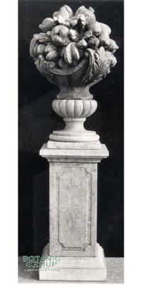 Fruitbasket and Column